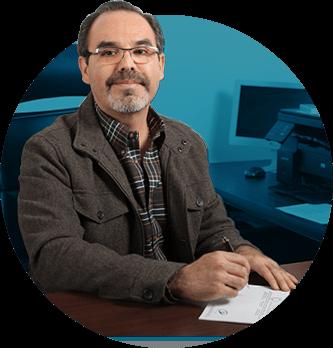 Dr. Rubén Cárdenas
